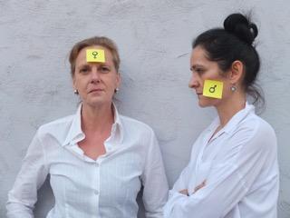 Das Bild zeigt Hella-Birgit Mascus und Maria Wolf (Ankündigung einer szenischen Lesung im ZEITMAUL-Theater Bochum)