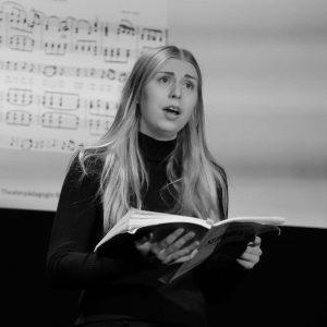 """Ausschnitt aus """"Schubert - Jelinek: Die Winterreise"""" (ZEITMAUL-Theater Bochum)"""
