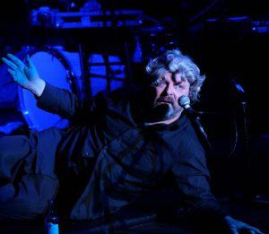 Ausschnitt aus der Aufführung WireWagna mit dem Schauspieler Matthias Hecht (ZEITMAUL-Theater Bochum)